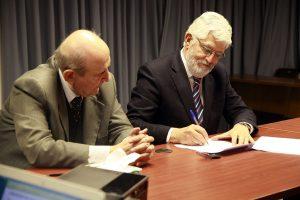 U. Andrés Bello firmó constitución legal de la Asociación de Derecho Privado de la RED Campus Sustentable.