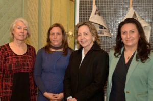 Elsbeth Flükiger, de Goethe Institut Chile, Elke Schlack, Margarita Ducci, Directora DGVM UNAB y Ana Mora, Directora Extensión Académica UNAB