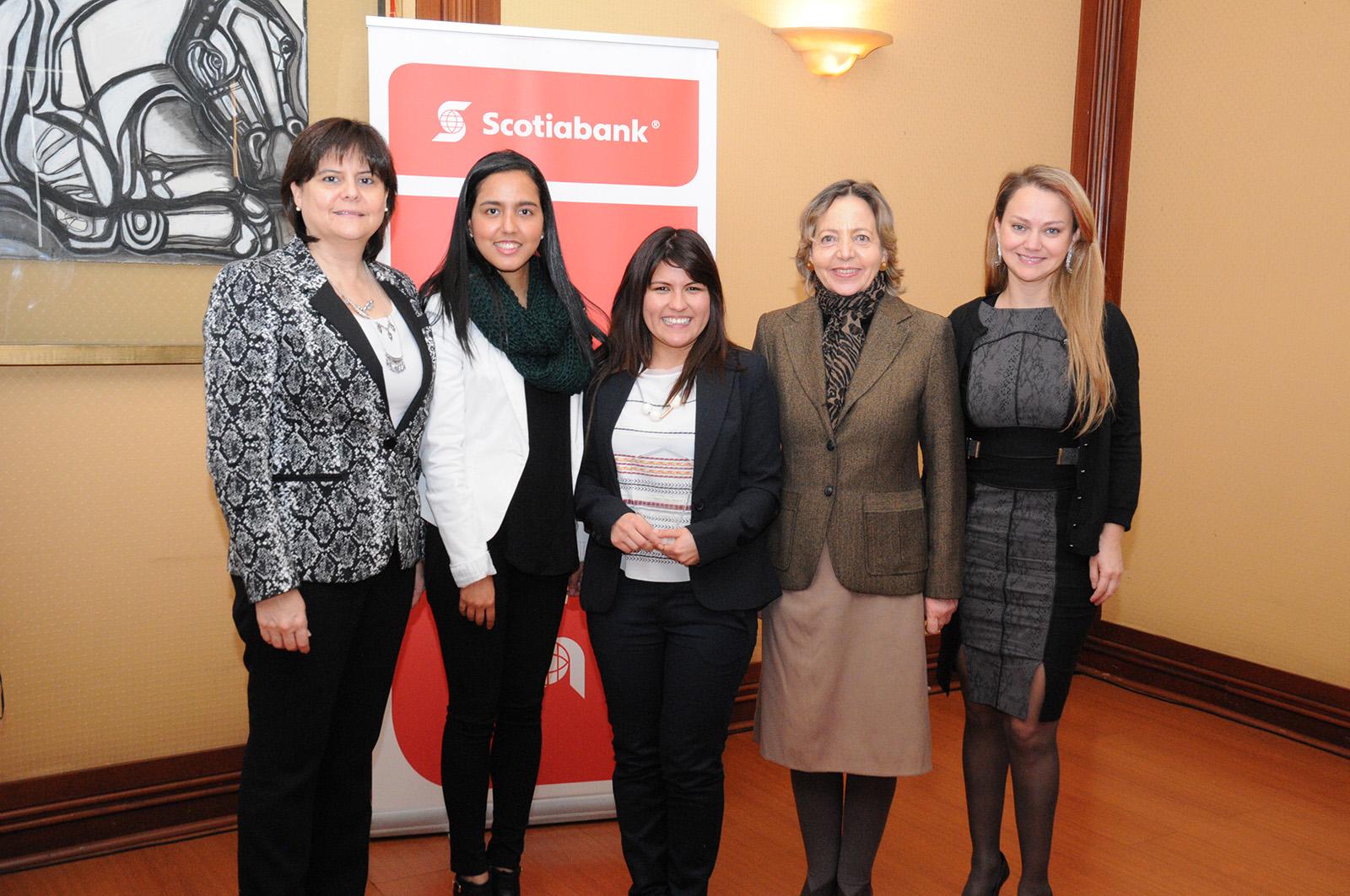 Jacqueline Balbontín, Stefany Díaz, Adriana Dominguez, Margarita Ducci, Rebecca Sarmiento
